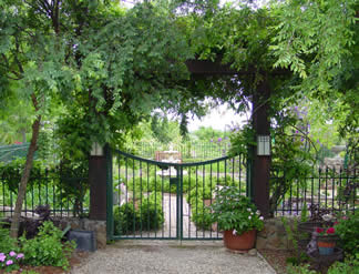 Elegant Works To Preserve The Finest Gardens In The United States For Posterity,  And Everyone Whou0027s Even Vaguely Interested In Gardens Should Take Advantage  Of ...